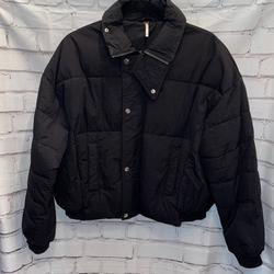 Free People Jackets & Coats | Euc Free People Puffer Bomber Jacket Sz Xs | Color: Black | Size: Xs