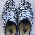 Vans Shoes | Kids Glow In The Dark Skull Elastic Lace Shoes | Color: Black/White | Size: 3bb
