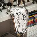 Horloge murale créative déformée de Style Salvador Dali, horloge murale blanche/noire/or à aiguille