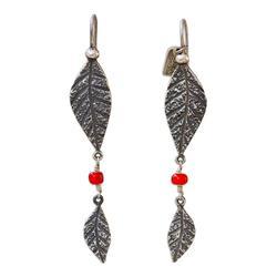 'Leaves and Berries' - Handmade Sterling Silver Glass Bead Earrings