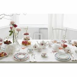 Royal Albert New Country Roses White 3 Piece Teapot Set Bone China in White/Yellow, Size 7.0 H in | Wayfair 652383739222