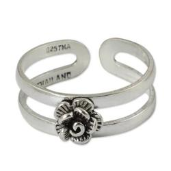 Sterling silver toe ring, 'Romantic Rose'
