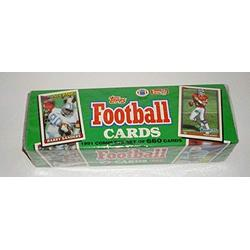 1991 Topps NFL Football Cards Unopened Factory Set (660 different cards) - Includes Rookie Cards and cards of top NFL stars including Emmitt Smith, John Elway, Barry Sanders, Dan Marino, Joe Montana, Jerry Rice, Troy Aikman, and dozens of other top...