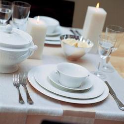 Villeroy & Boch Cellini 1.27-qt. Teapot Bone China/Porcelain China/Ceramic in White, Size 6.7 H x 7.3 W x 6.7 D in | Wayfair 1046000460