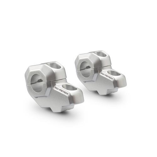 SW-Motech Lenkerverlegung für Ø 22 mm Lenker - H=30 mm. Verlegung um 21 mm. Silbern.