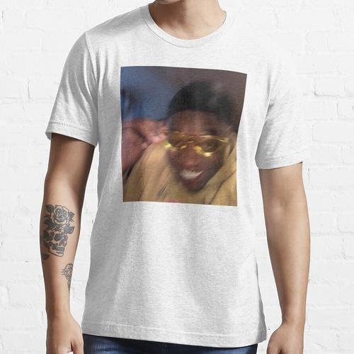 Gelbe Brille Meme Guy Essential T-Shirt