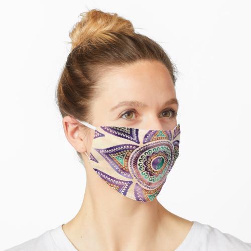 Schöner lichtdurchlässiger Yin Yang-Symbolpastell Maske