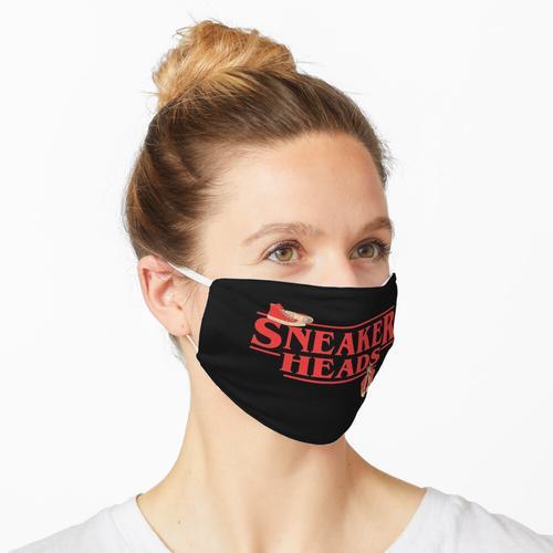 Sneaker Heads - Hängende Sneakers Maske