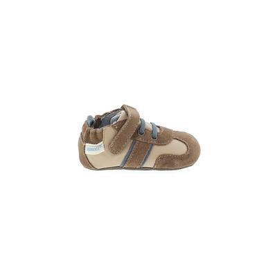 Robeez Sneakers:...