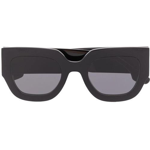 Victoria Beckham Futuristische Sonnenbrille