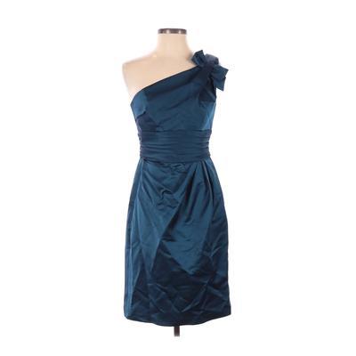 David's Bridal Cocktail Dress - Sheath: Blue Solid Dresses - Used - Size 2