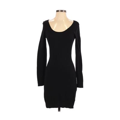 H&M - H&M Casual Dress - Sweater Dress: Black Solid Dresses - Used - Size Small