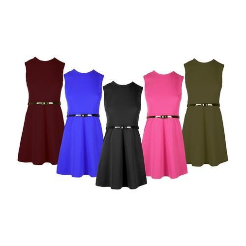 Mädchen-Kleid mit Gürtel: Kirschrot/Gr. 11/12