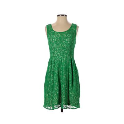 Betsey Johnson Casual Dress - A-Line: Green Solid Dresses - Used - Size 2