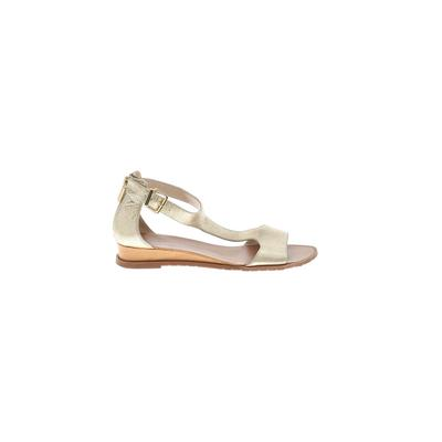 Kenneth Cole New York Sandals: Gold Solid Shoes - Size 7 1/2