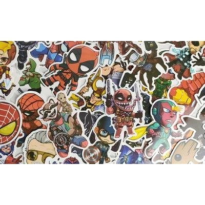 Lot de 100 autocollants de super-héros : x1